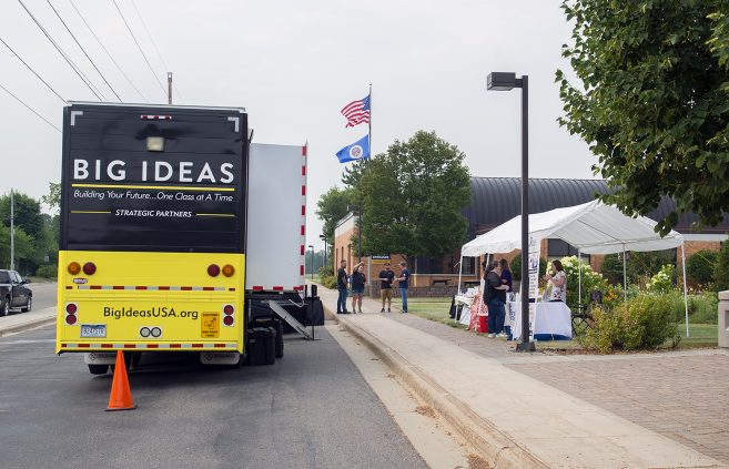 Big Ideas Mobile Learning Lab at NTC.